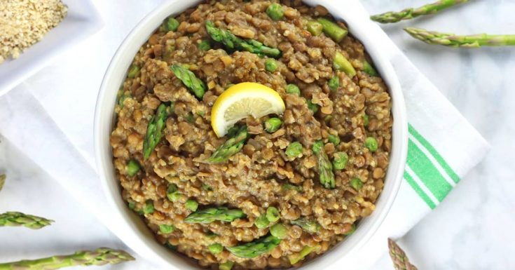 One-Pot Lentil Quinoa with Asparagus and Peas